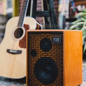 #repost @cinguitars   #acusamps #acousticguitar #guitaramps #acousticamplification #acussoundengineering #acousticsessions #acousticguitaramp #oneforstreet