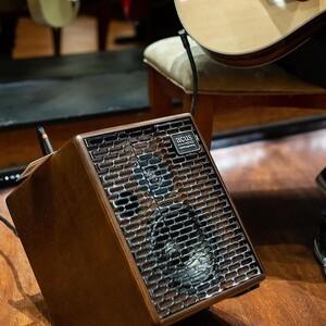 #repost @cinguitars   Acus One for Strings 6T Simon #acussound #acus6t #acousticamps